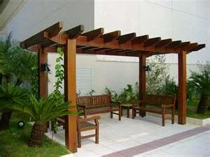 una prgola es un elemento de tipo estructural y que est compuesto con un corredor flanqueado por un determinado nmero de columnas que